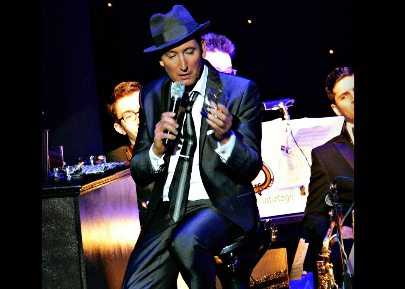 Frank Sinatra look alike soundalike