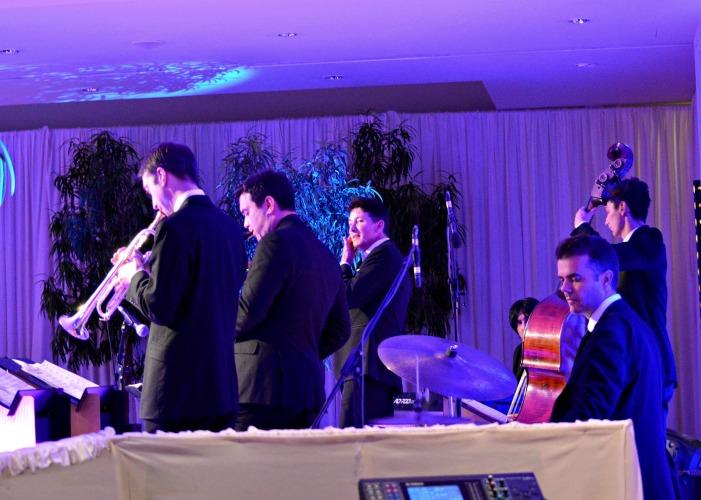 jazz-swing-band-700-x-500